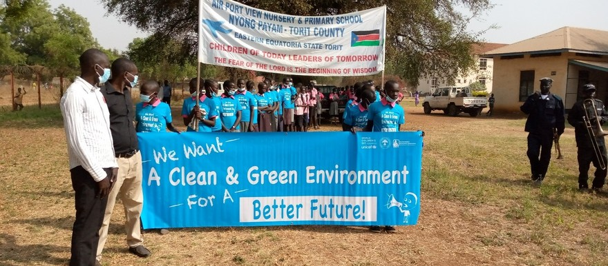 Pupils from different schools marching towards Fr. Saturlino Mausoleum to petition government over climate change Friday 22 January 2021 [Photo Radio Tamazuj]