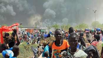 File photo: Thousands of South Sudanese civilians fled an attack by armed gunmen on a displaced persons compound run by the U.N. in the town of Malakal in 2016.(AFP)