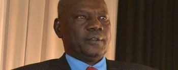 File photo: Information Minister Michael Makuei speaking to reporters in Juba. (Radio Tamazuj)